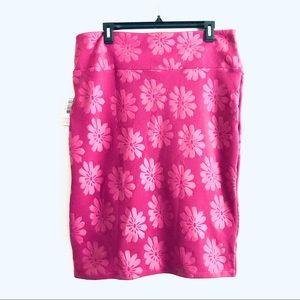 Lularoe Cassie Lilac Debossed Floral Pencil Skirt